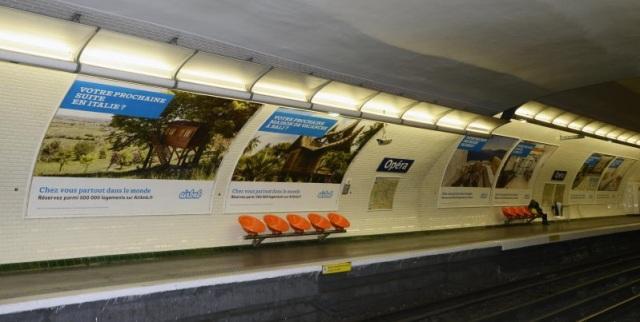 Airbnb pub metro